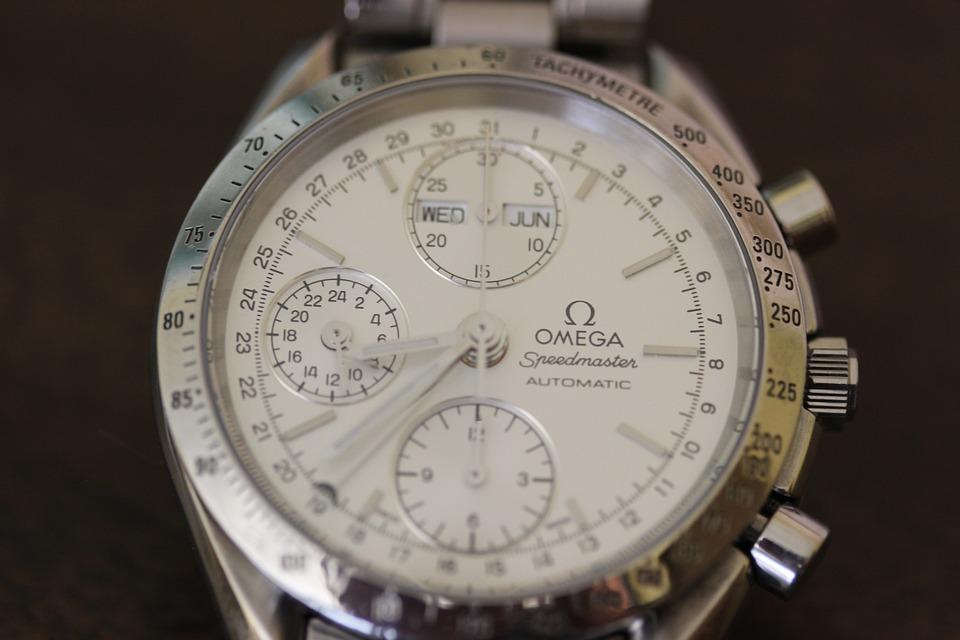 大人の女性を魅了する!オメガ時計のレディースラインの買取事情は?